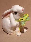 "K & B Rabbit planter 5 x 6 x 6""h"